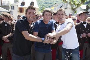 Cédric, Pierre et Noisette de Coup de foudre au prochain village